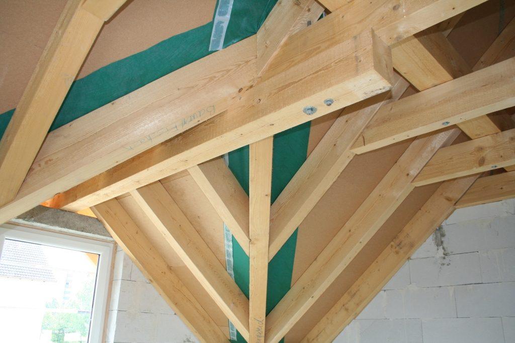 Dachstuhl aufstellen, Holzbauarbeiten, Carport erstellen, Unterstand ...